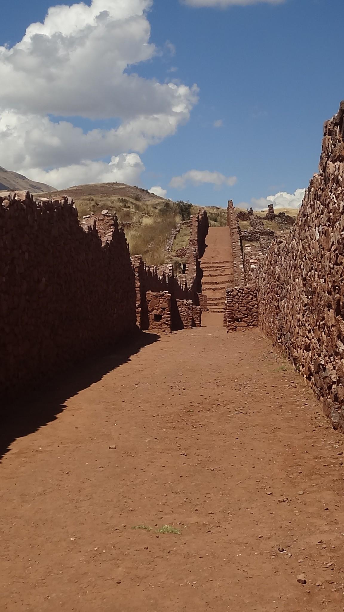 Pikillacta e Tipón: as ruínas desconhecidas de Cusco