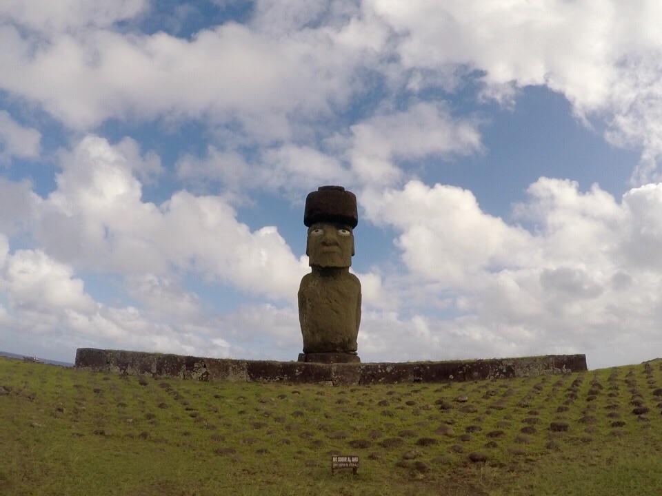 Rapa Nui: explorando os moais da região centro oeste da ilha
