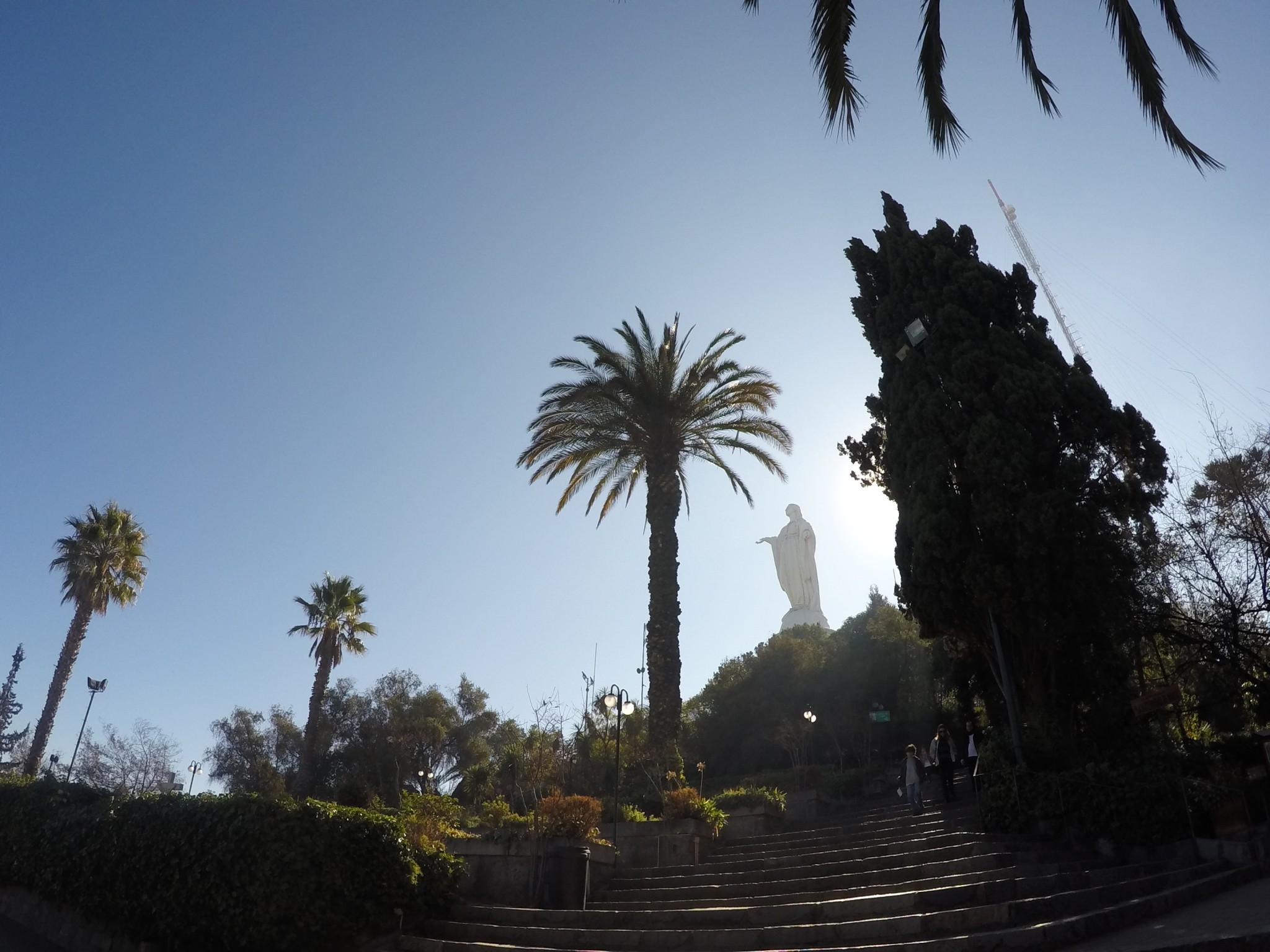 Cerro San Cristobal e a Virgen