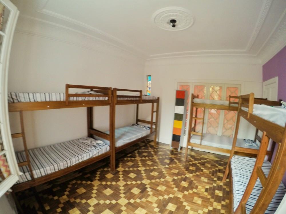 Camas confortáveis e quartos espaçosos