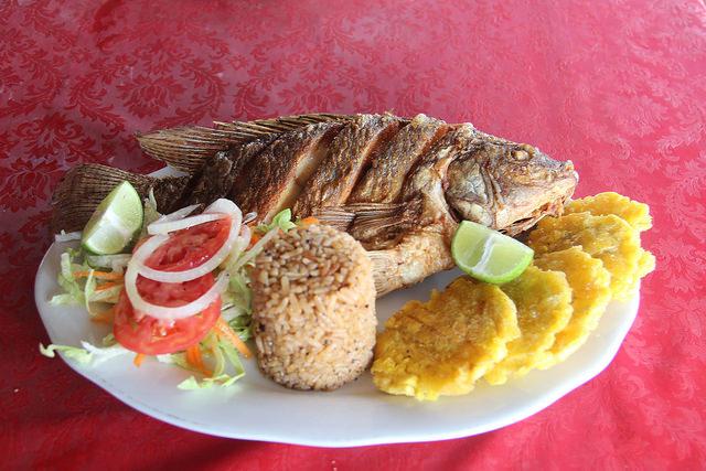 Coisas que você tem que comer na Colômbia - Arroz de coco