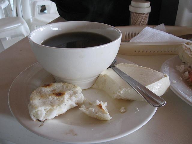 coisas que você tem que comer na Colômbia