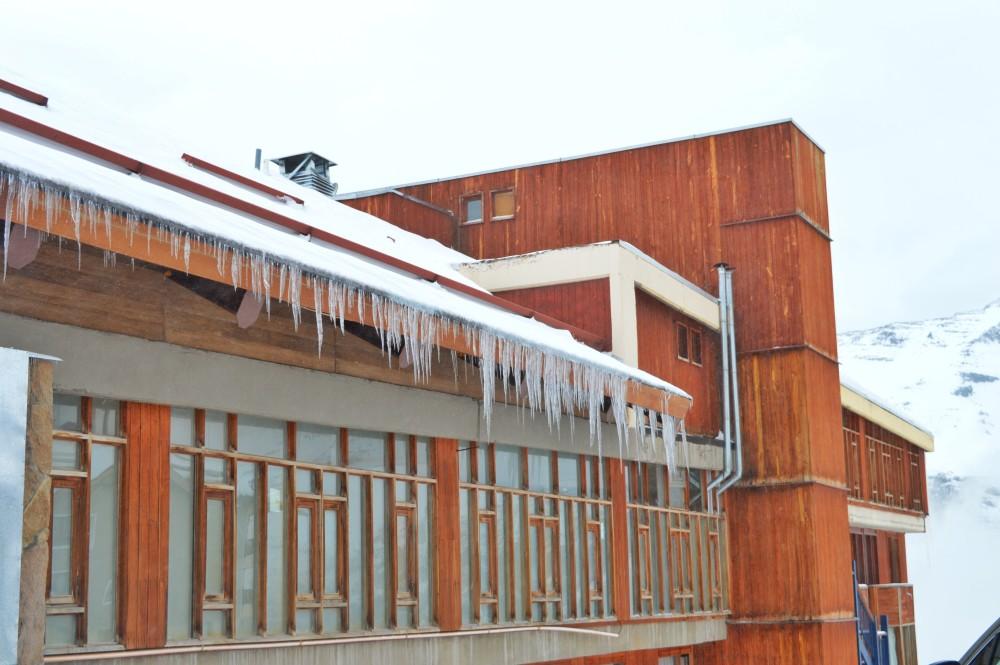 Não é só neve, é gelo! E cuidado porque escorrega!